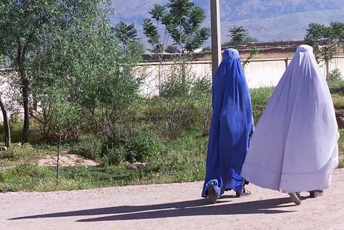 To kvinder i det nordlige Afghanistan. Foto: Michael S. Lund